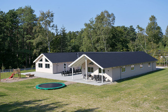 Schickes Poolhaus in Nr. 362